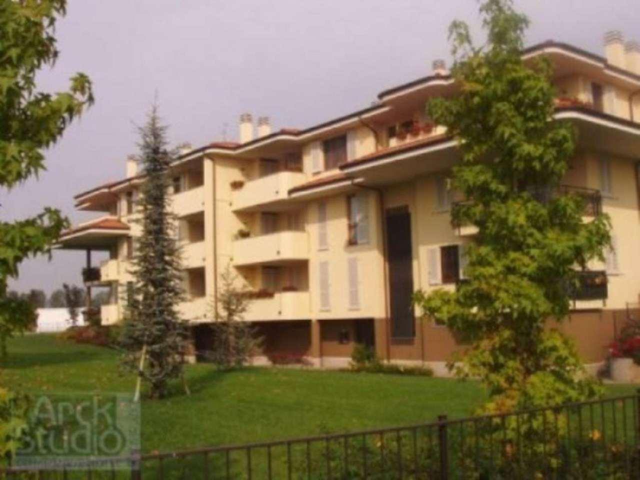 Appartamento in vendita a Truccazzano, 2 locali, prezzo € 2.000 | CambioCasa.it