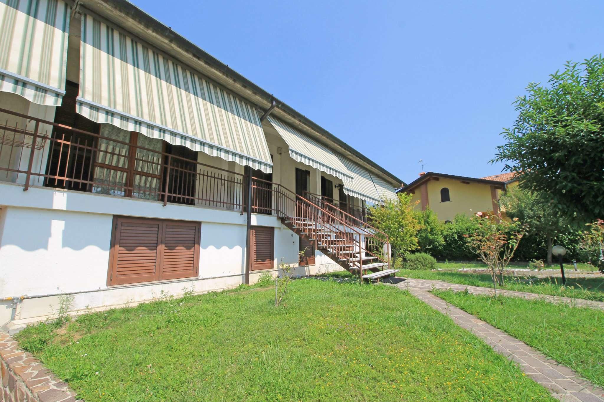 Villa in vendita a Basiano, 4 locali, prezzo € 260.000 | CambioCasa.it