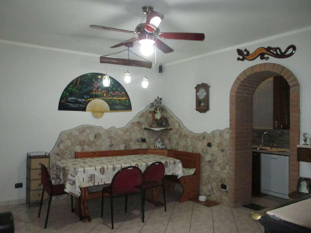 Soluzione Indipendente in vendita a San Bassano, 4 locali, prezzo € 93.000 | CambioCasa.it