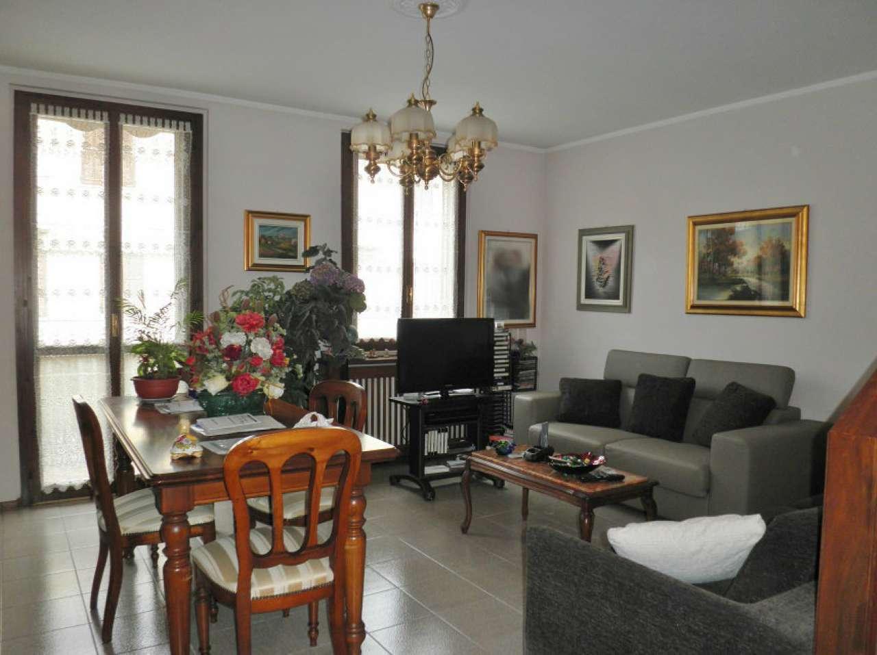 Villa a Schiera in Vendita a Soresina
