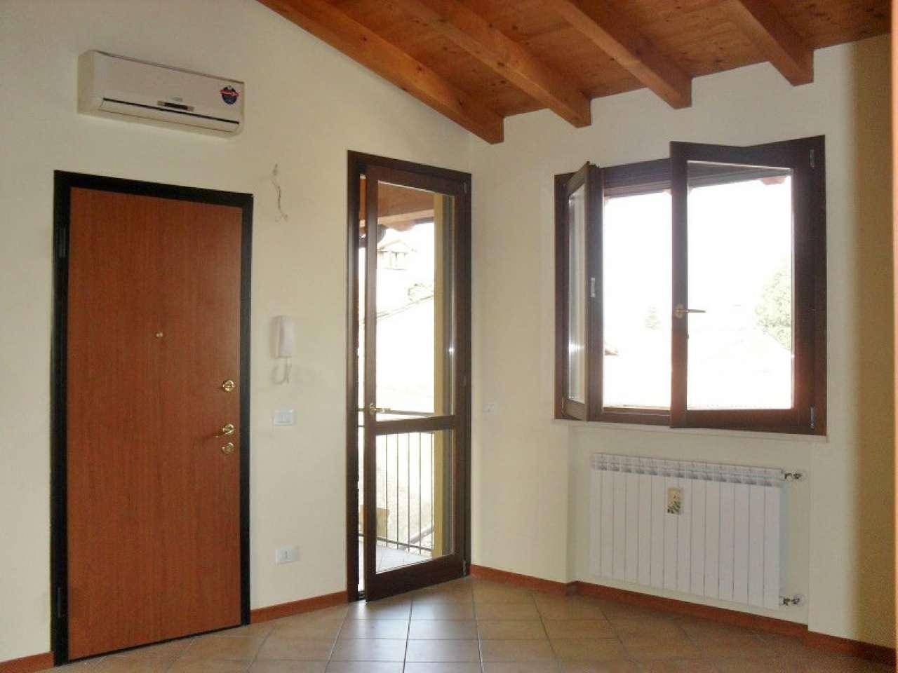 Appartamento in vendita a Soresina, 3 locali, prezzo € 120.000 | PortaleAgenzieImmobiliari.it