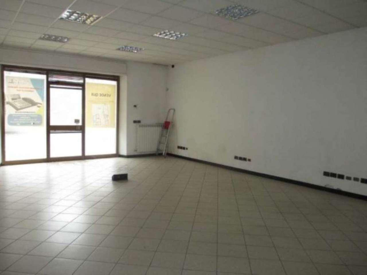 Negozio / Locale in vendita a Genivolta, 6 locali, prezzo € 130.000 | CambioCasa.it