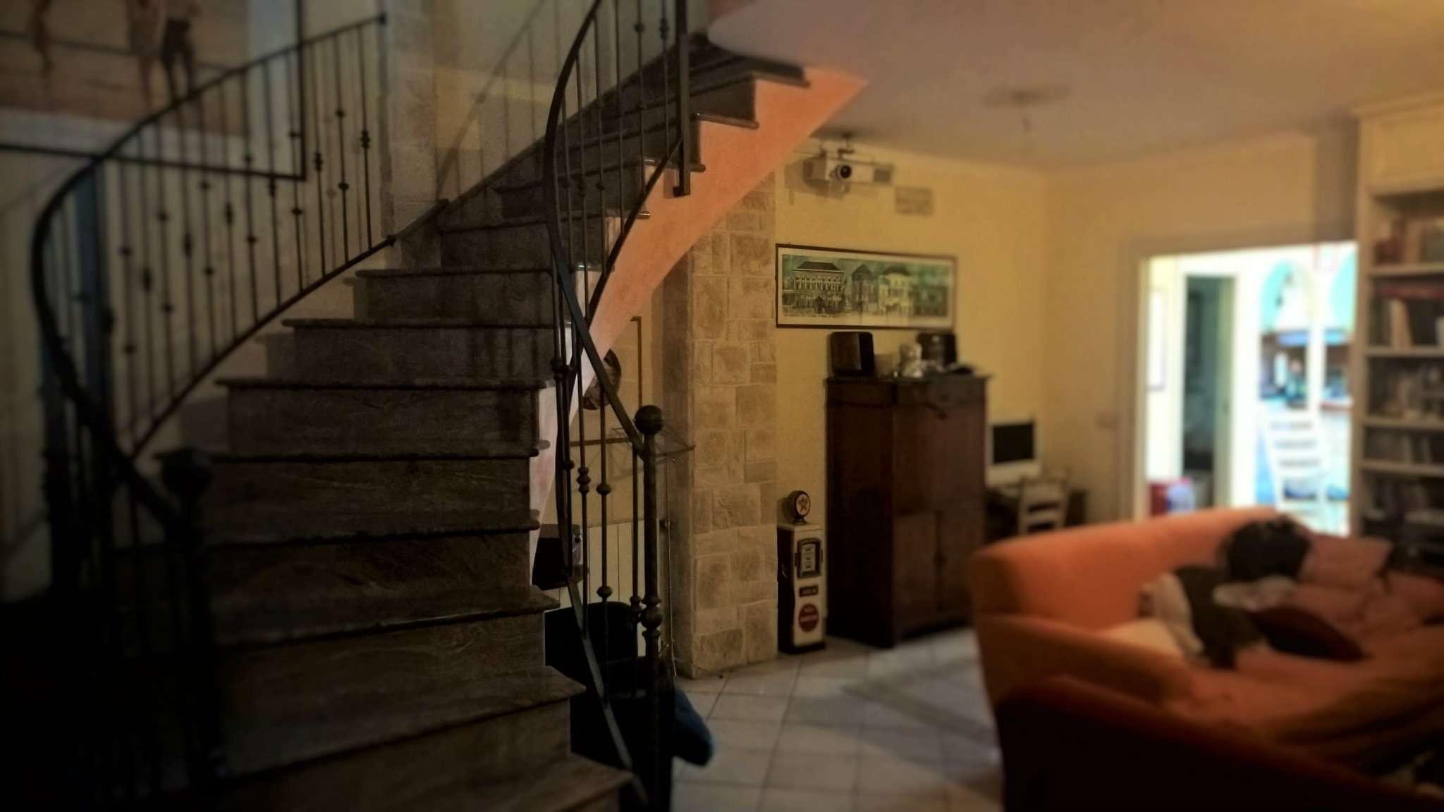 Appartamento ristrutturato parzialmente arredato in vendita Rif. 5133932