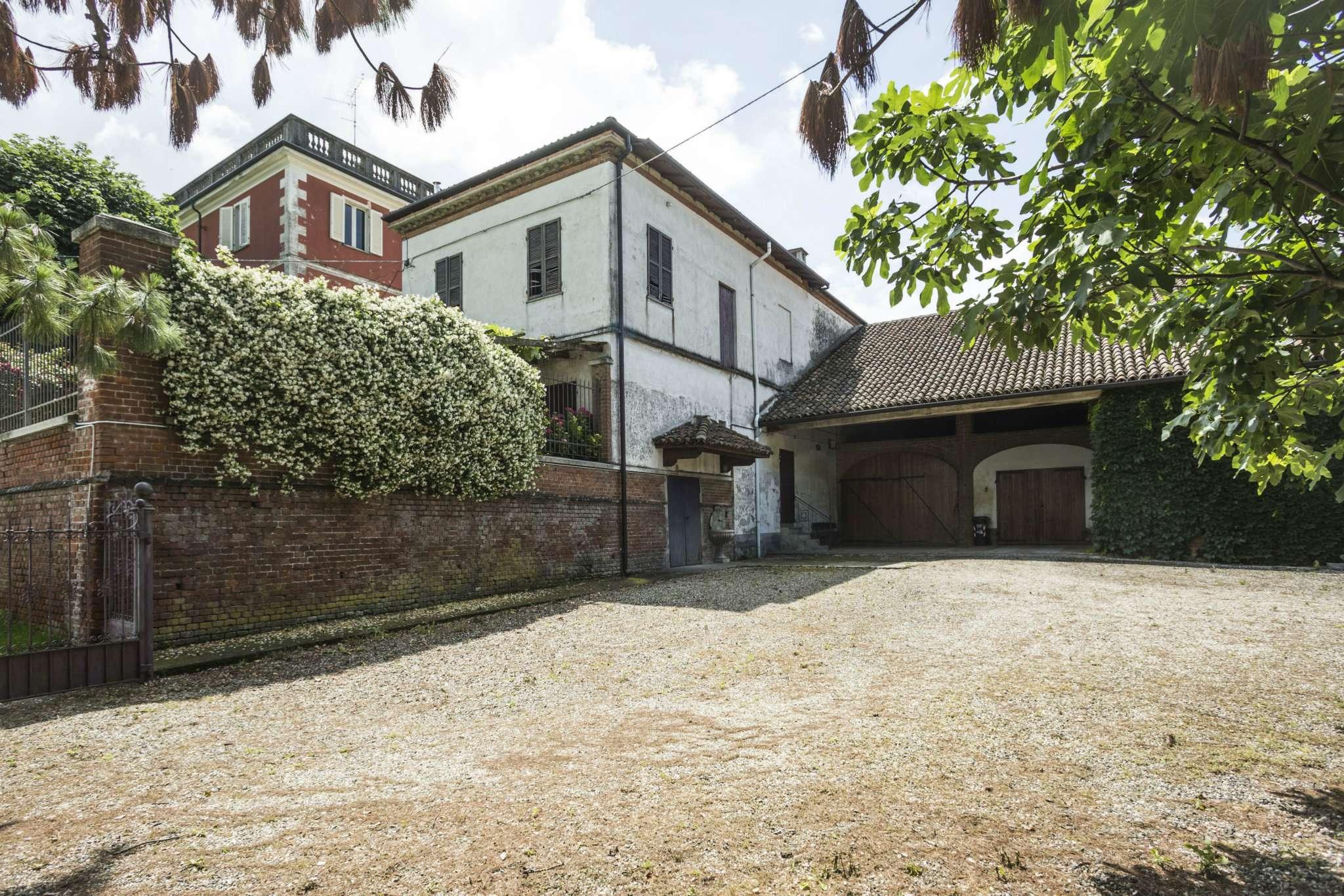 Rustico / Casale in vendita a Camagna Monferrato, 6 locali, prezzo € 620.000 | CambioCasa.it