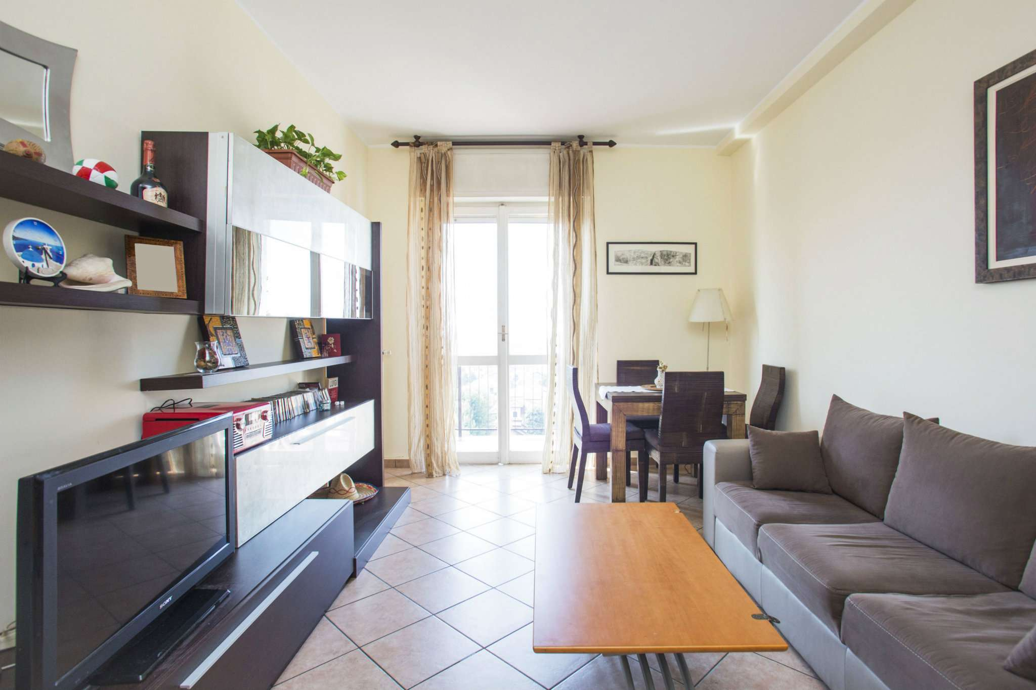 Appartamento ristrutturato arredato in vendita Rif. 7485058