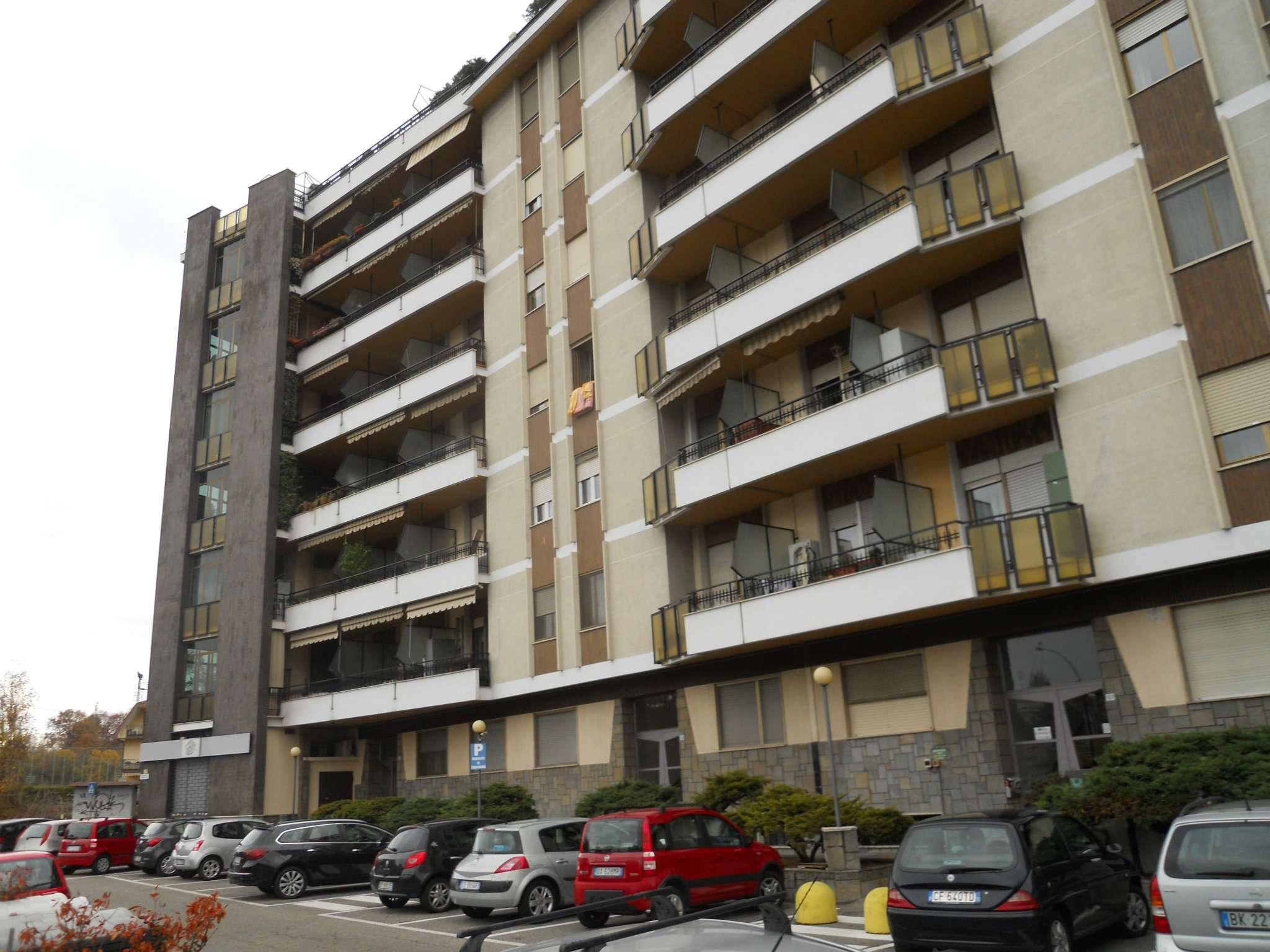 Appartamento in buone condizioni arredato in affitto Rif. 5134918