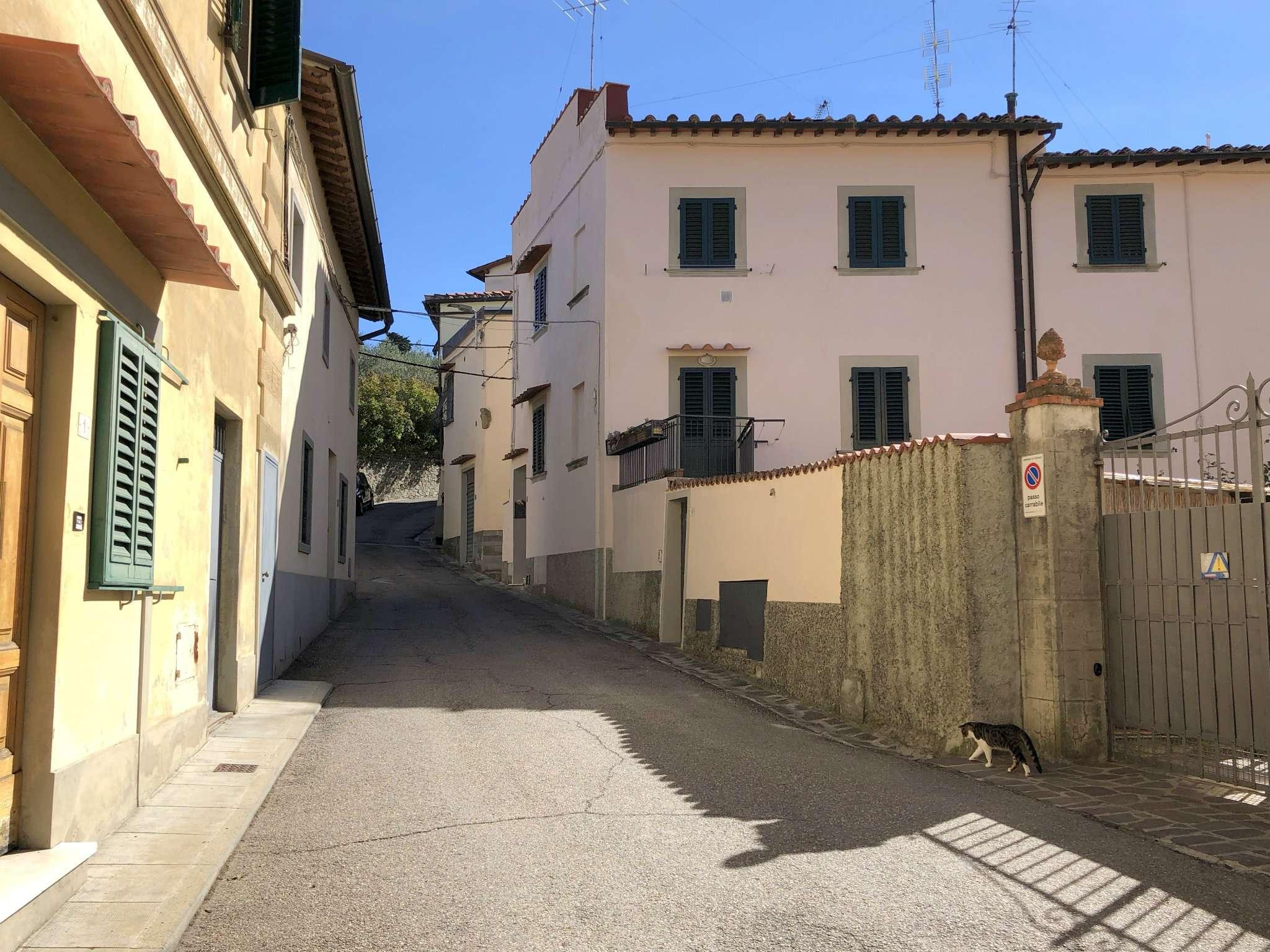 Bilocale - piccolo appartamento in ottimo stato arredato nei pressi del centro di Fiesole