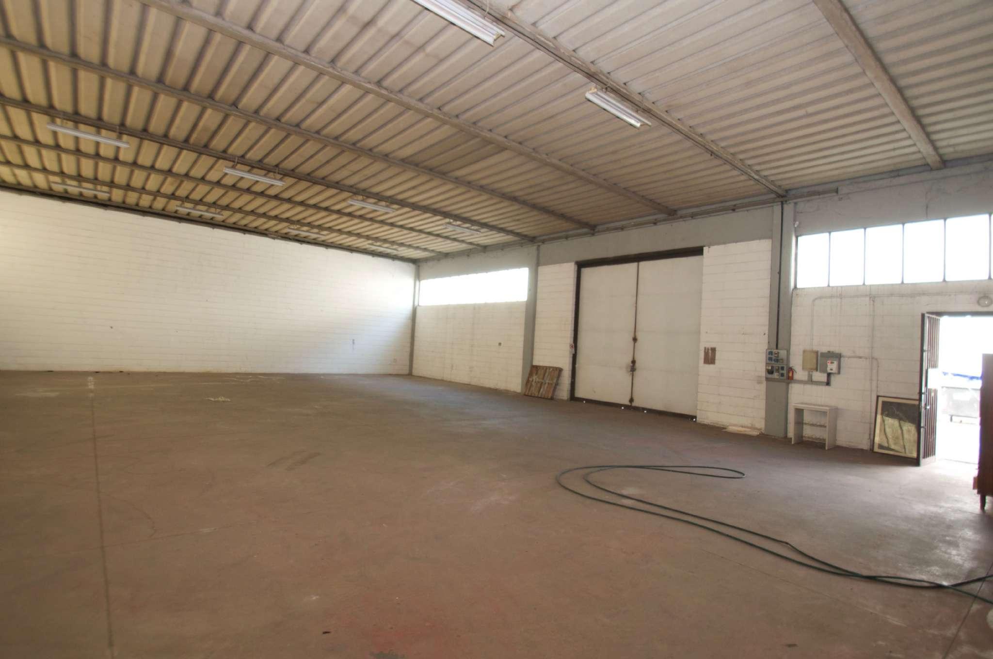 Capannone in vendita a Albignasego, 1 locali, prezzo € 220.000 | CambioCasa.it