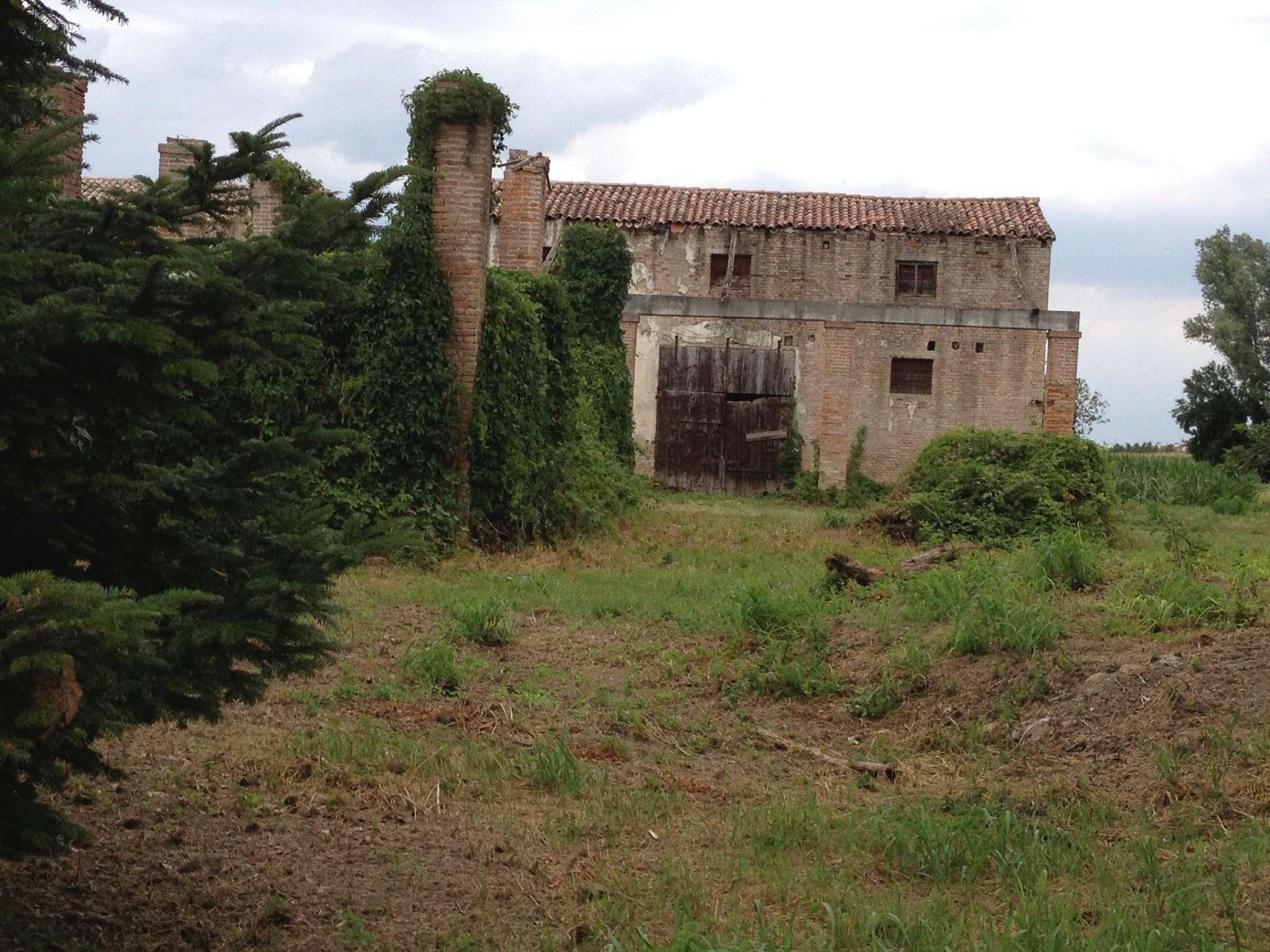 Rustico / Casale in vendita a Tribano, 9999 locali, prezzo € 60.000 | CambioCasa.it