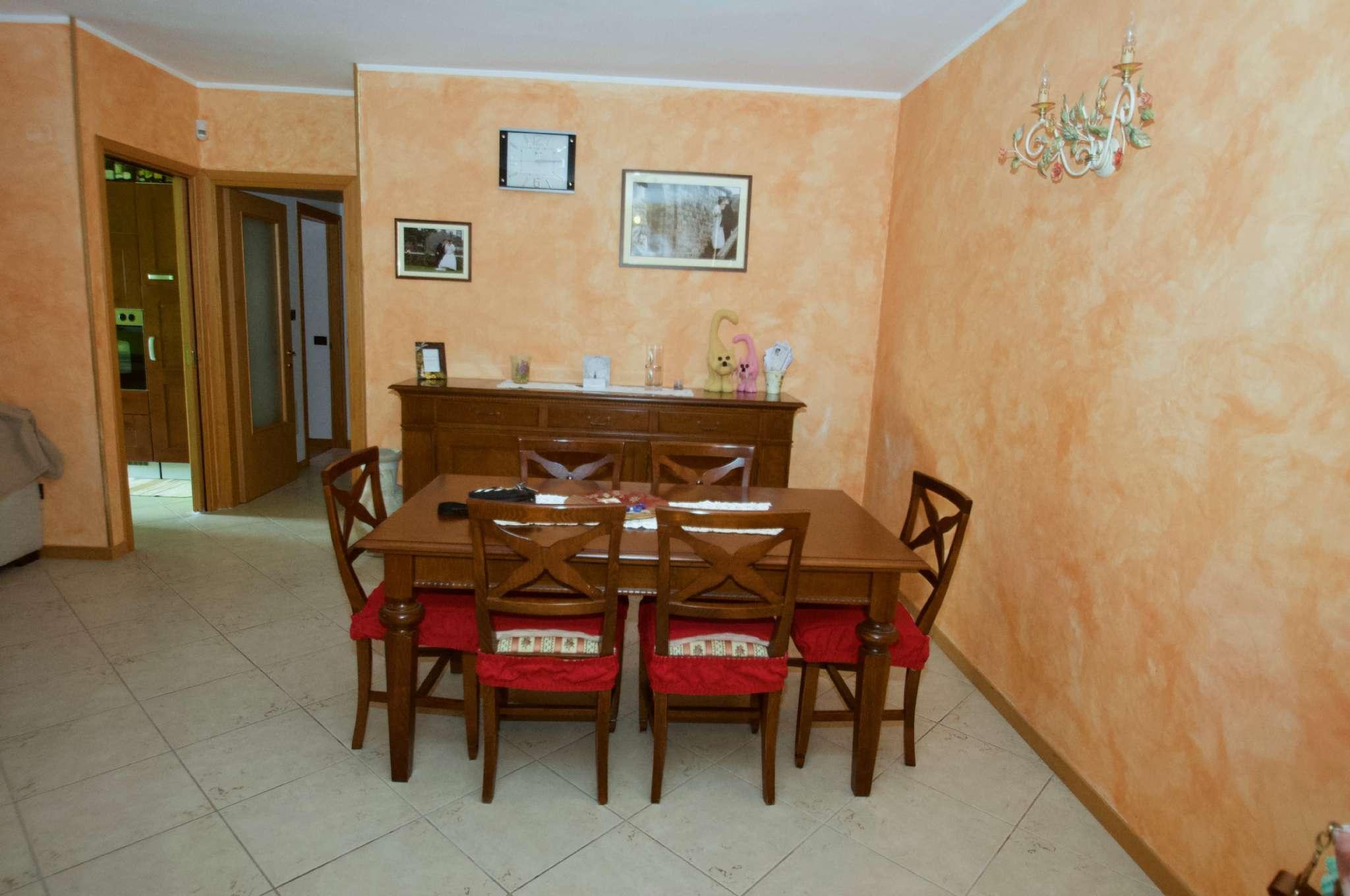 Appartamento in ottime condizioni in vendita Rif. 7643800