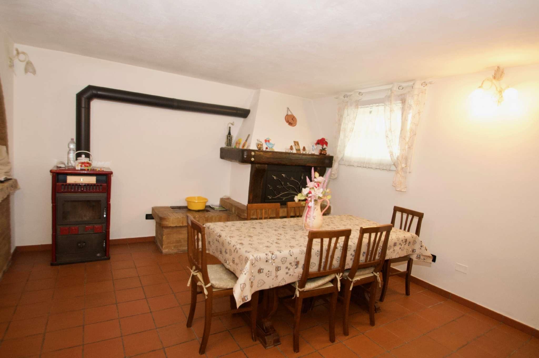 Villetta a schiera ristrutturato in vendita Rif. 8663551