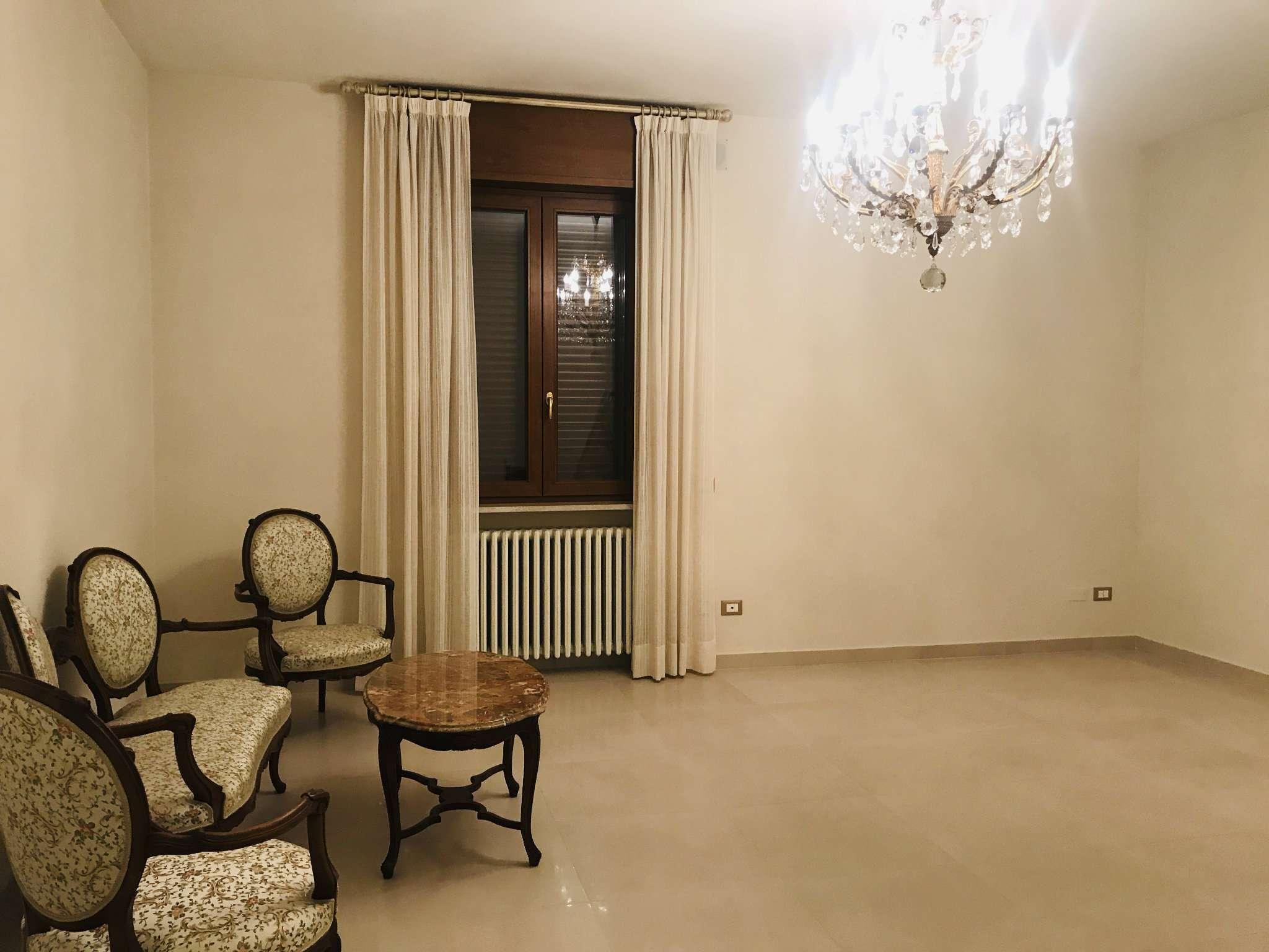 Appartamento ristrutturato in vendita Rif. 9307763