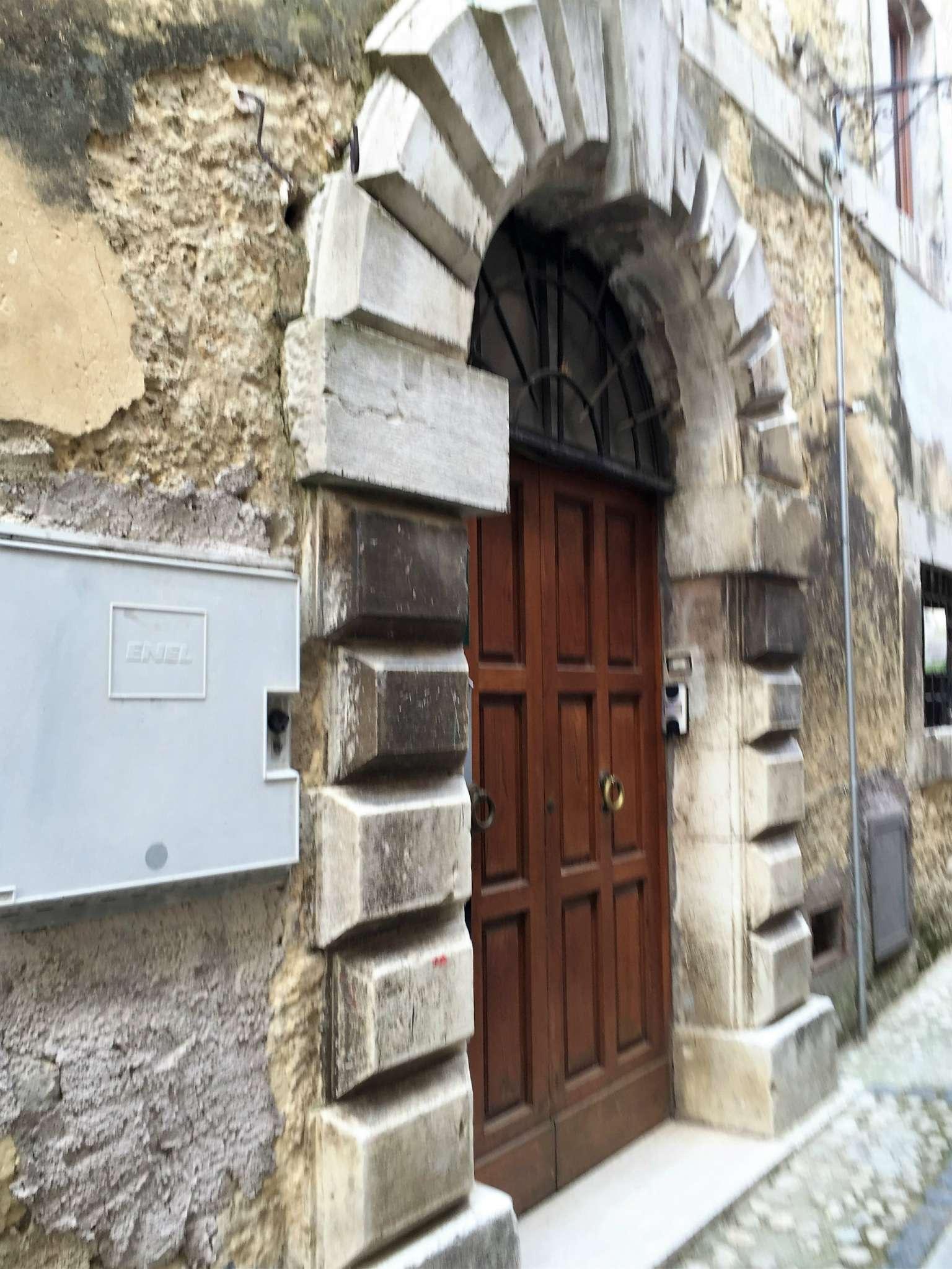 Appartamento in vendita a Poggio Nativo, 2 locali, prezzo € 25.000   CambioCasa.it
