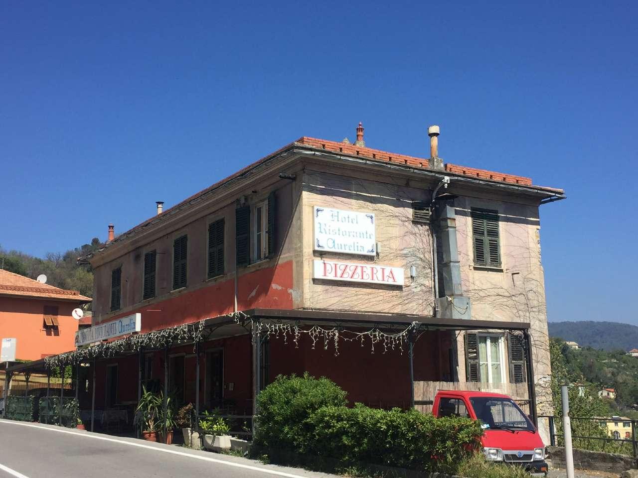 Negozio / Locale in affitto a Camogli, 9999 locali, prezzo € 1.400 | CambioCasa.it