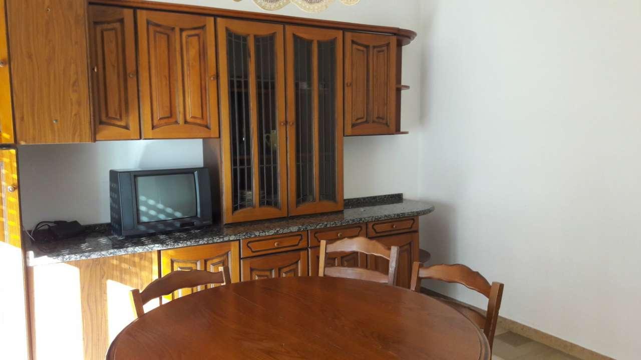 Appartamento in vendita a Mira, 5 locali, prezzo € 75.000 | CambioCasa.it