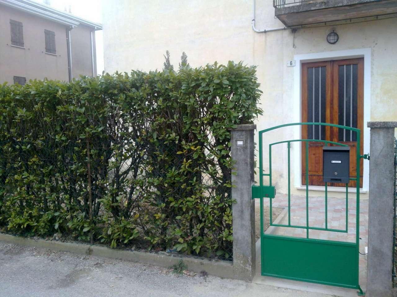 Appartamento in vendita a Mira, 4 locali, prezzo € 70.000   CambioCasa.it