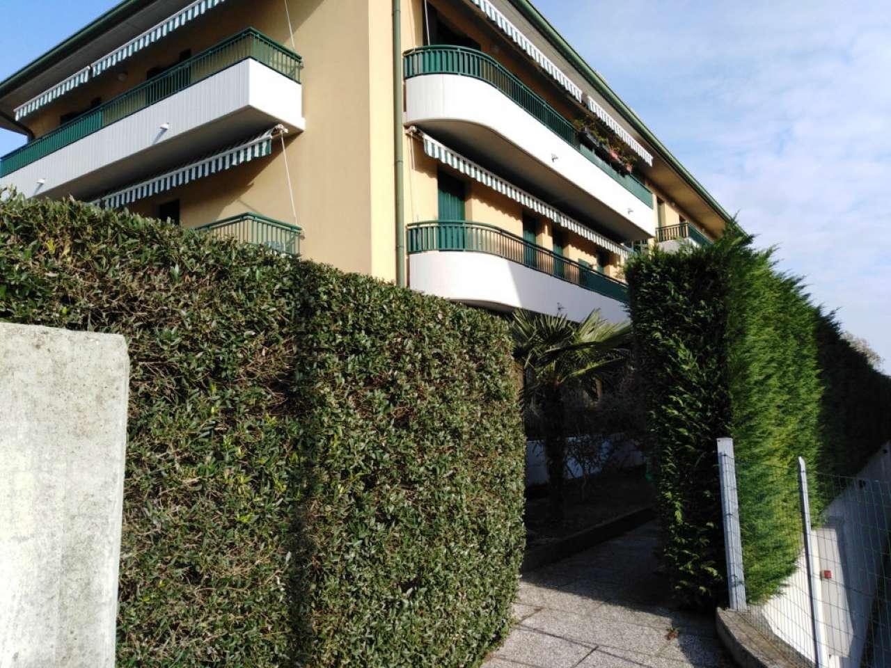 Appartamento in ottime condizioni in vendita Rif. 8899115