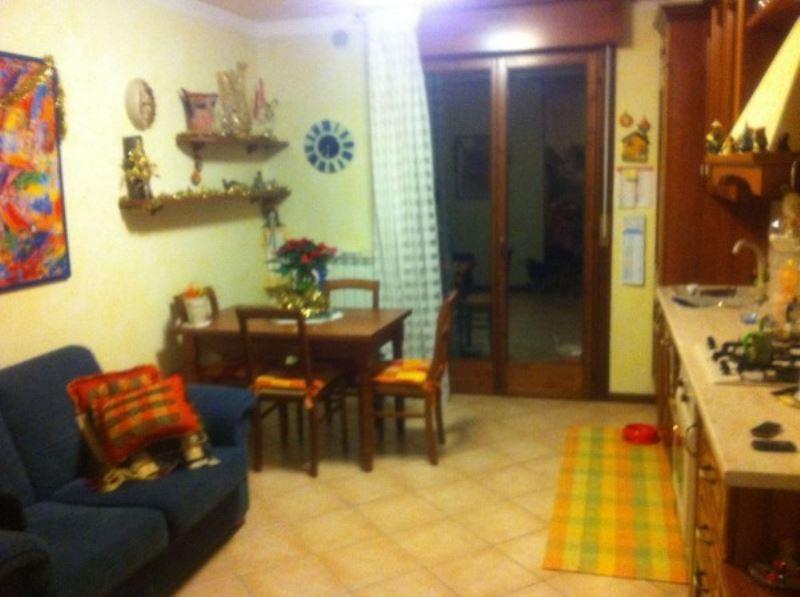 Appartamento in vendita a Mira, 3 locali, prezzo € 85.000   CambioCasa.it