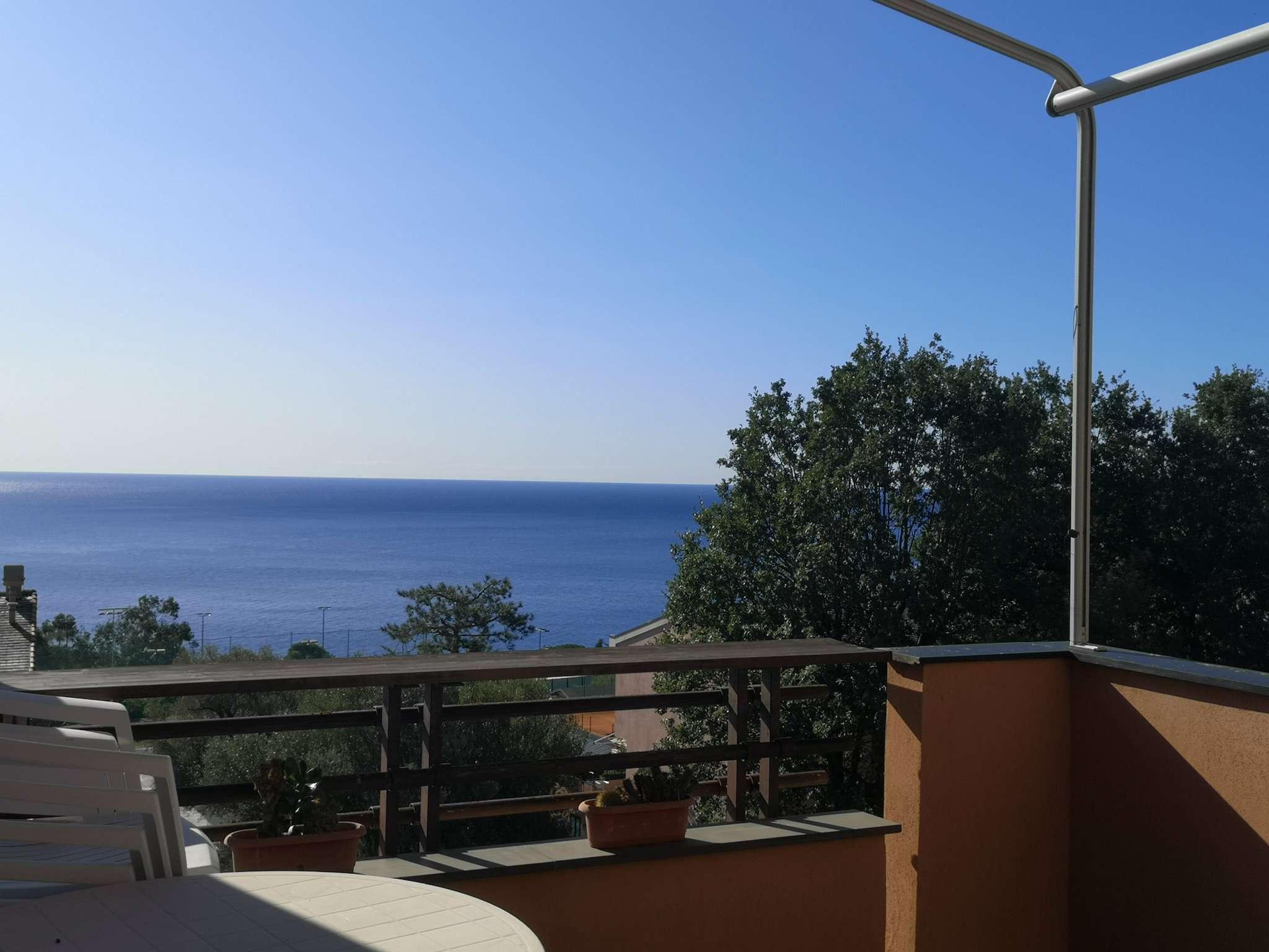 Appartamento in vendita a Varazze, 3 locali, prezzo € 295.000 | CambioCasa.it