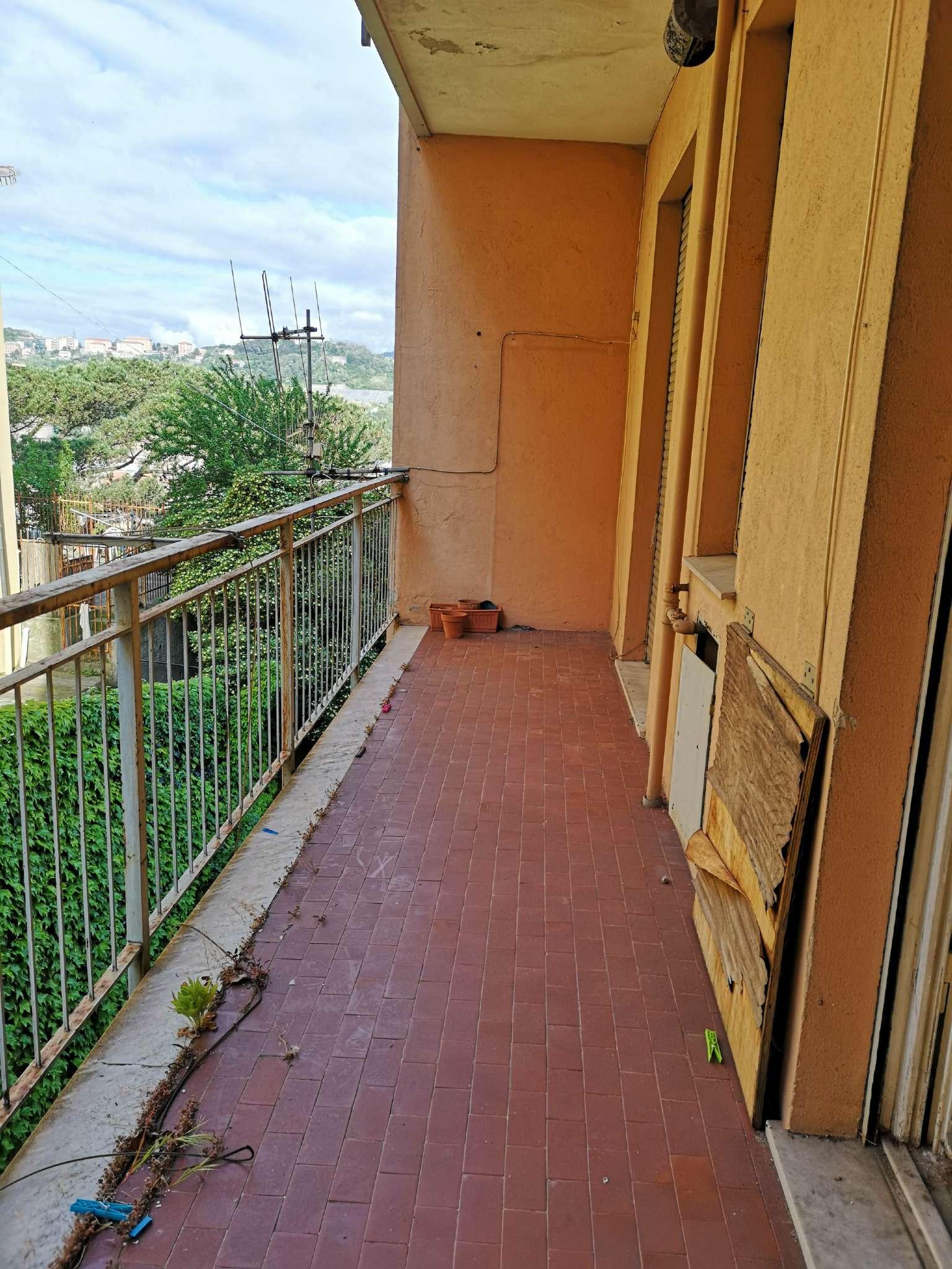 Vendita Porte A Genova trilocale in vendita a genova