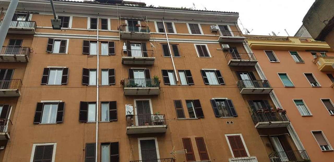 Appartamento in vendita a Roma, 3 locali, zona Zona: 16 . Appia nuova - Alberone - Colli Albani, prezzo € 335.000 | CambioCasa.it