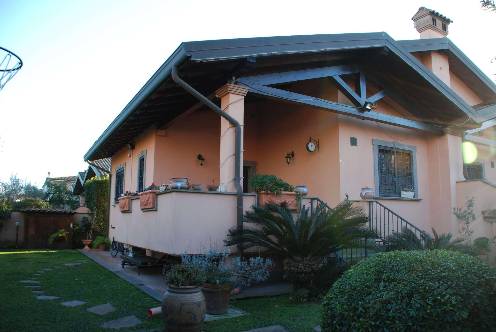 Villa Bifamiliare in vendita a Roma, 6 locali, zona Zona: 38 . Acilia, Vitinia, Infernetto, Axa, Casal Palocco, Madonnetta, prezzo € 340.000 | CambioCasa.it