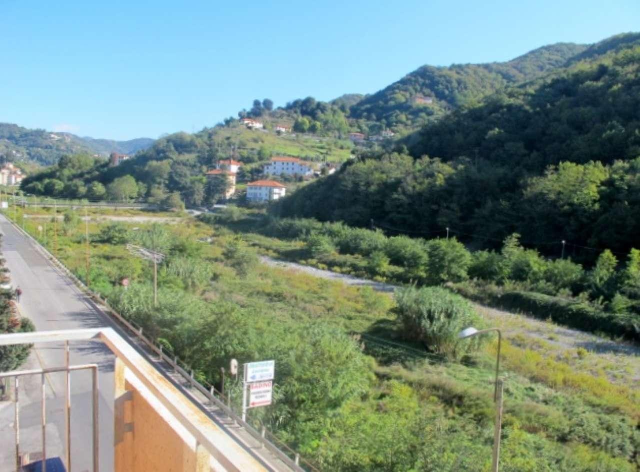 Appartamento in vendita a Serra Riccò, 4 locali, prezzo € 128.000 | CambioCasa.it