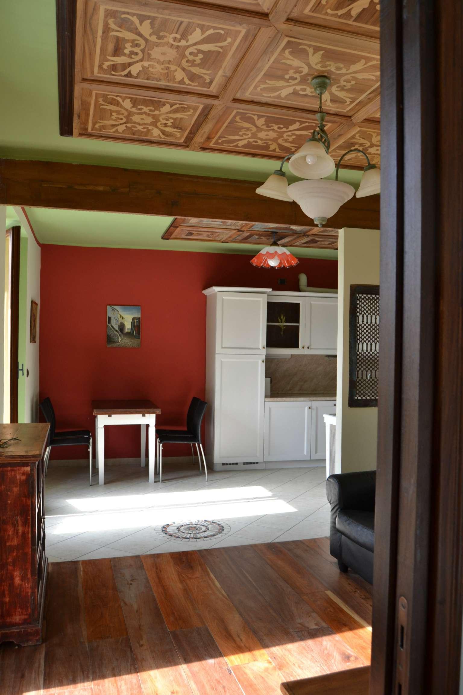 Appartamento ristrutturato arredato in affitto Rif. 8357986
