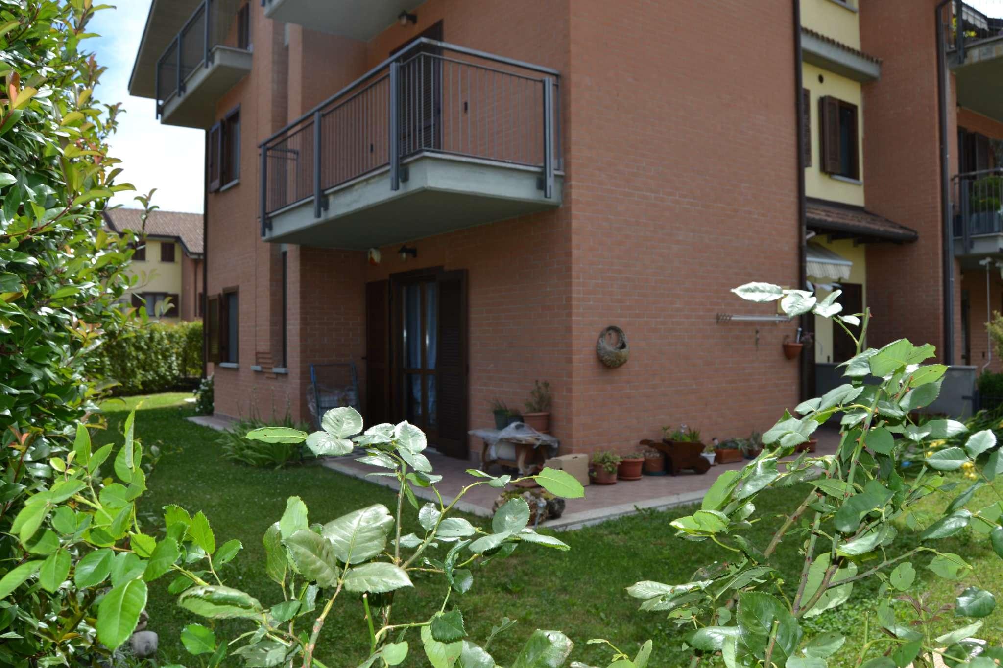 Appartamento in ottime condizioni in vendita Rif. 5152396