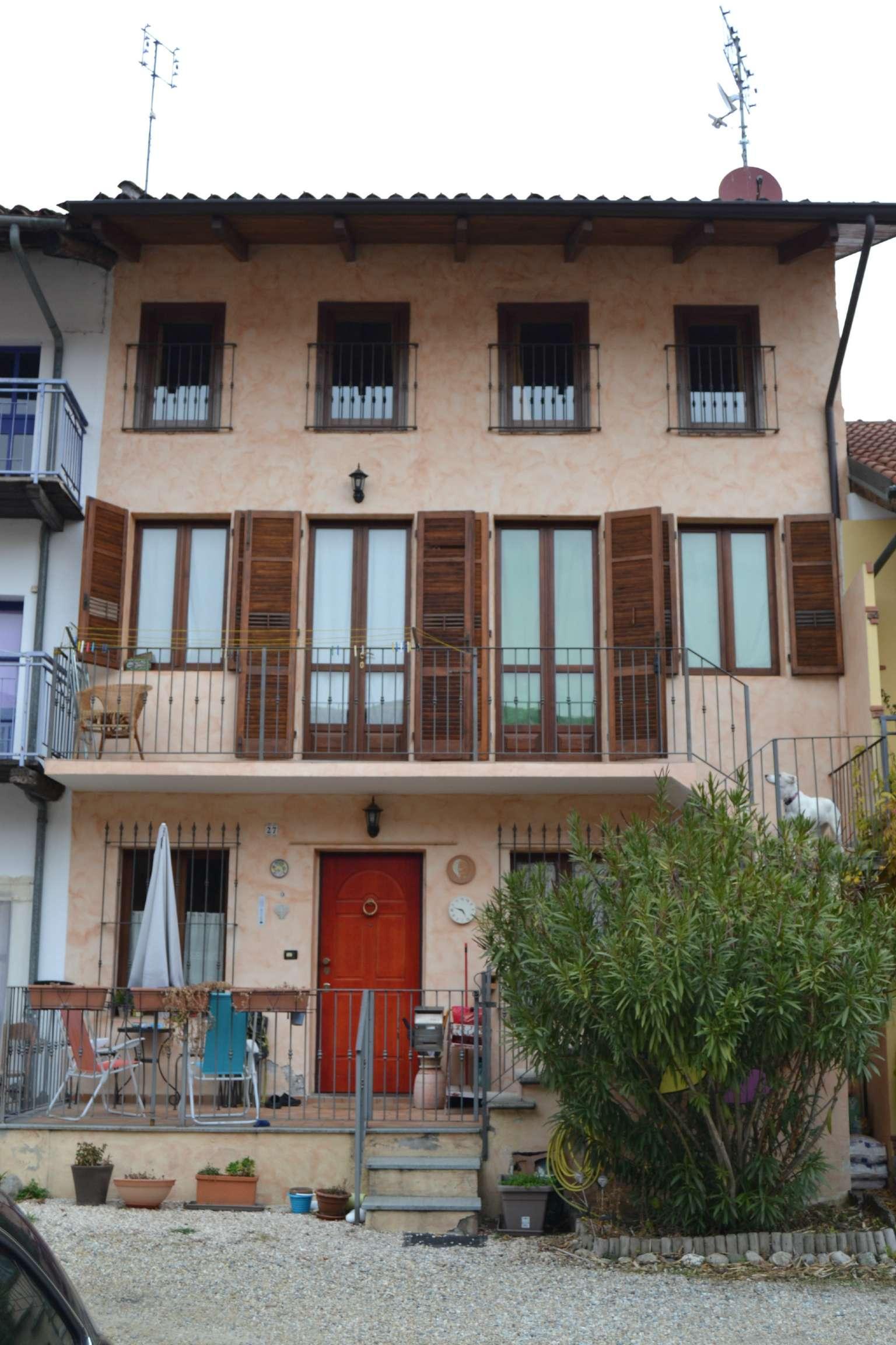 Palazzo / Stabile in Vendita a Buttigliera Alta