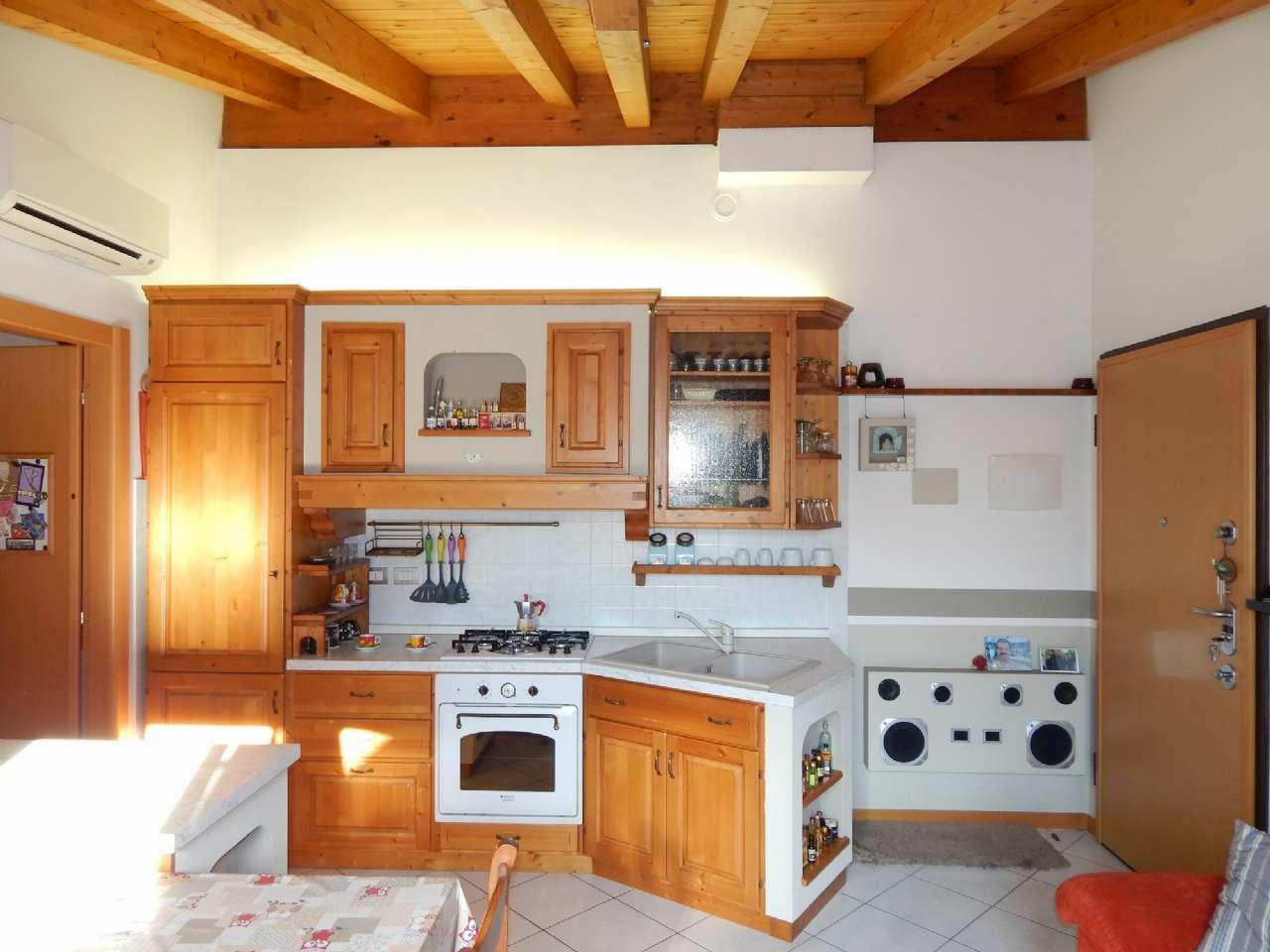 Appartamento in vendita a Brignano Gera d'Adda, 2 locali, prezzo € 87.000 | CambioCasa.it