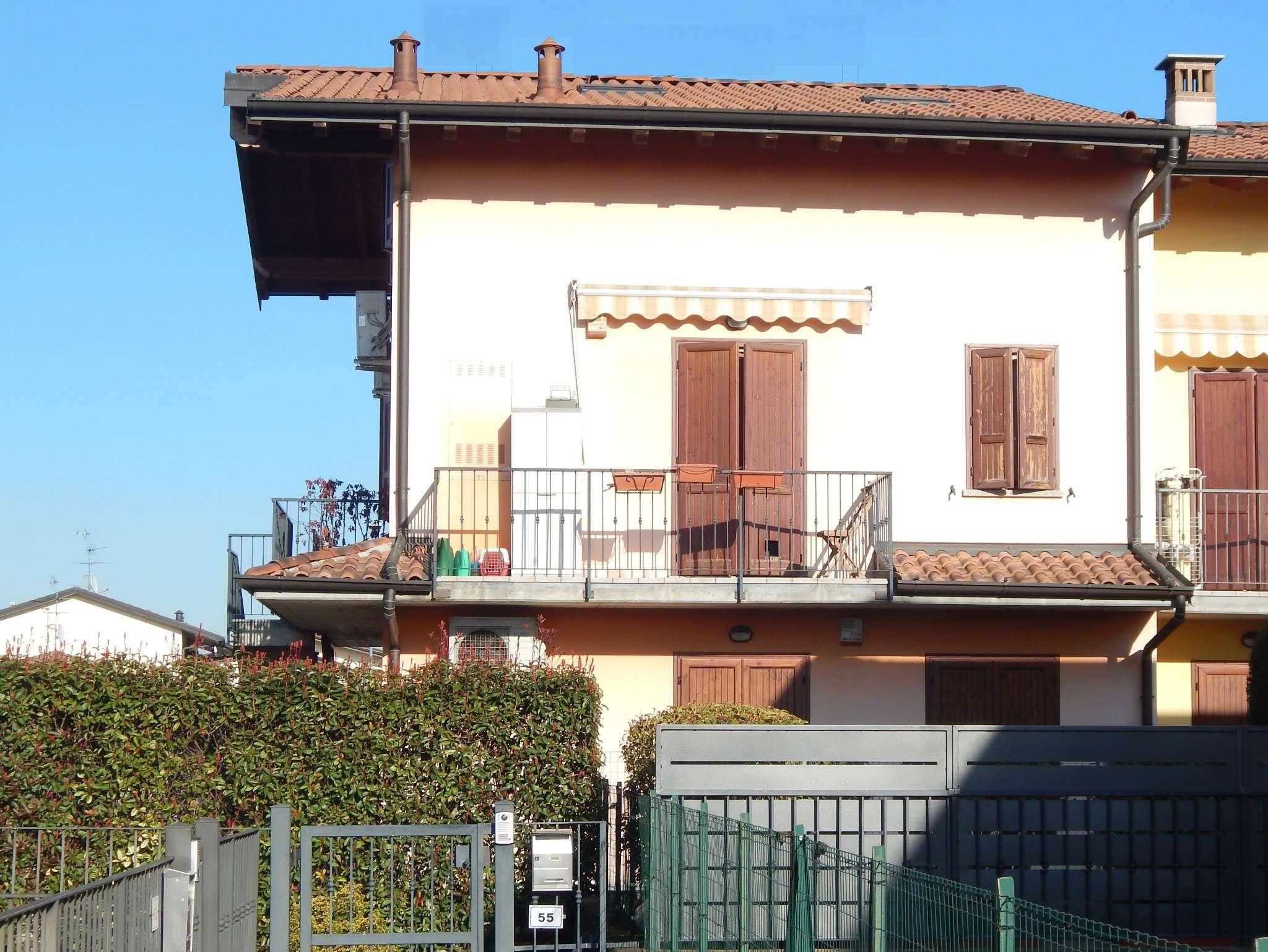Appartamento in vendita a Brignano Gera d'Adda, 3 locali, prezzo € 88.000 | CambioCasa.it