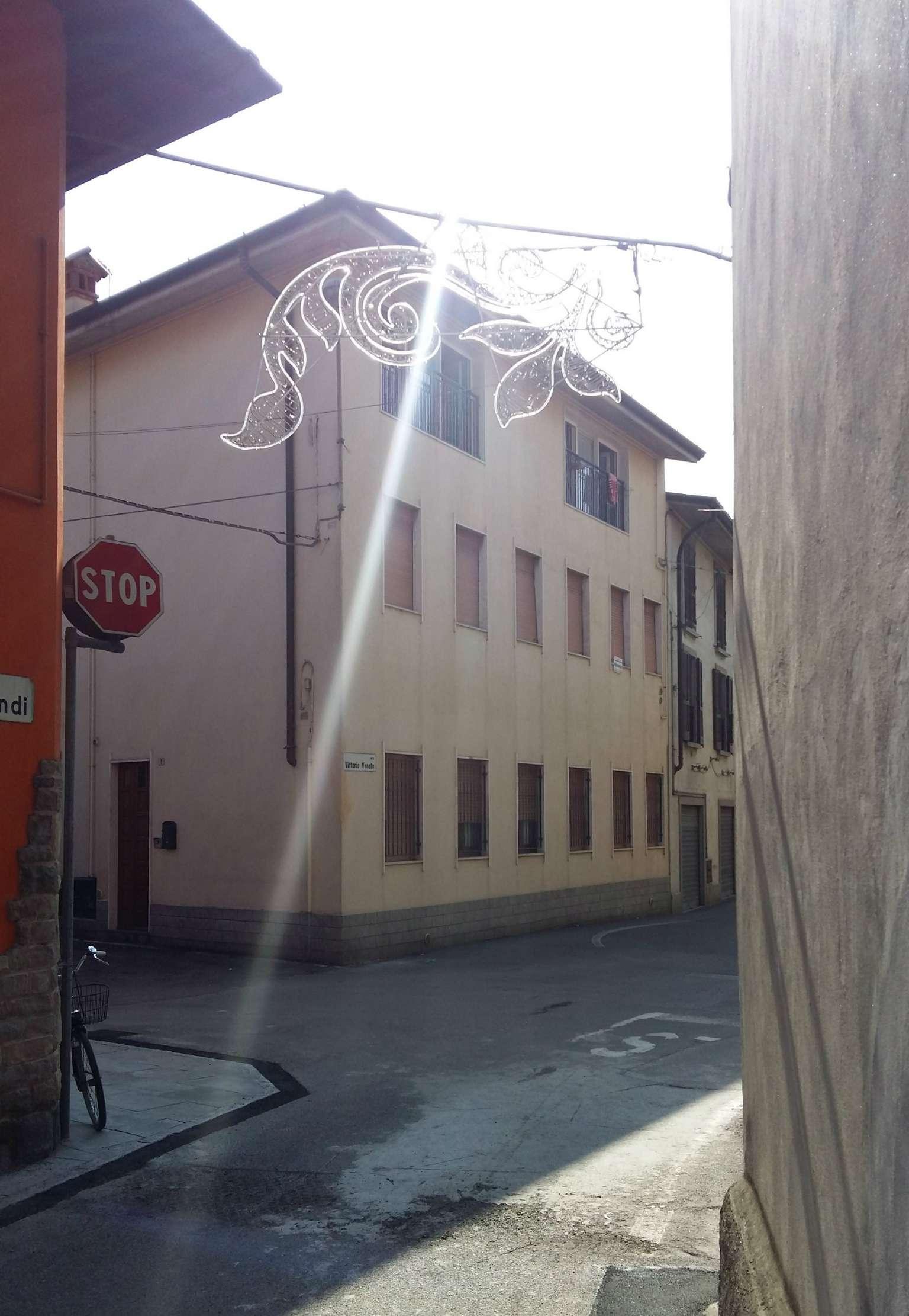 Appartamento in vendita a Spirano, 4 locali, prezzo € 78.000   CambioCasa.it