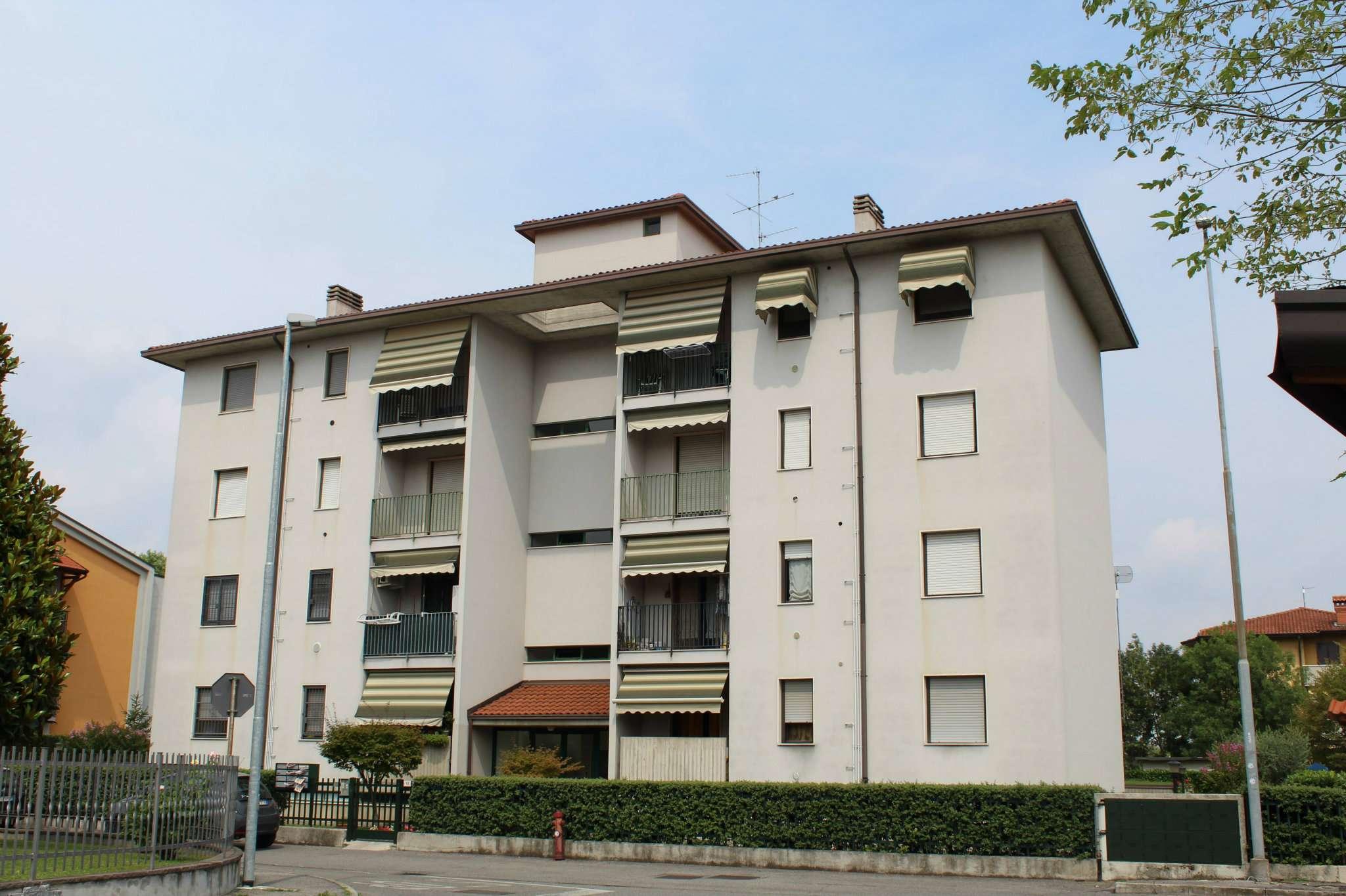 Appartamento in vendita a Ciserano, 3 locali, prezzo € 76.000 | CambioCasa.it