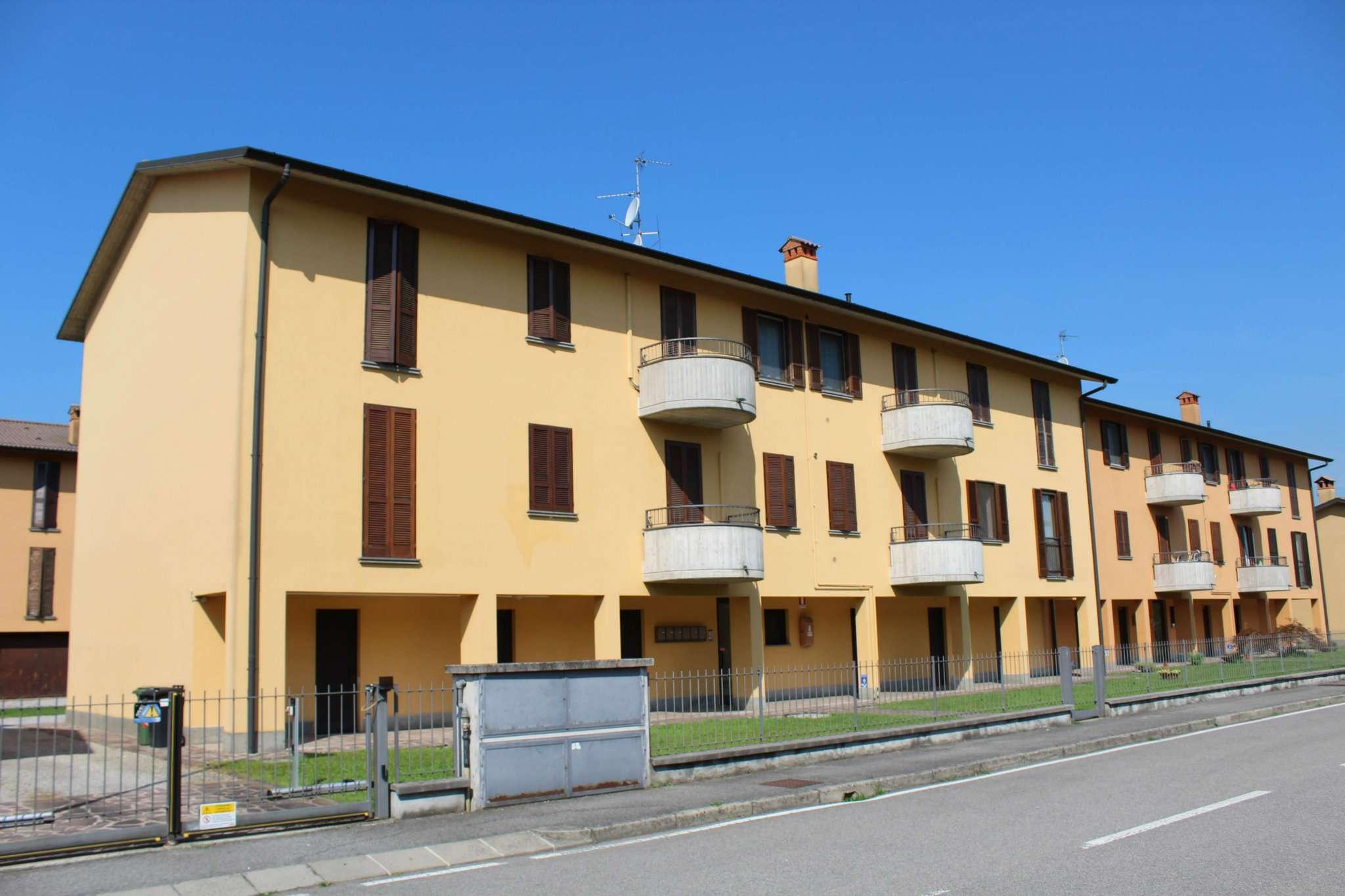 Appartamento in buone condizioni parzialmente arredato in vendita Rif. 7834048