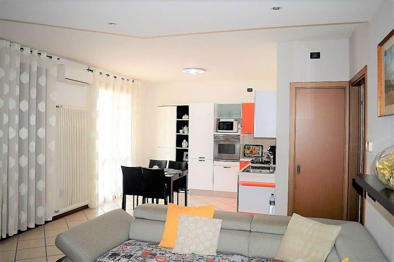 Appartamento in vendita a Montirone, 3 locali, prezzo € 118.000 | CambioCasa.it