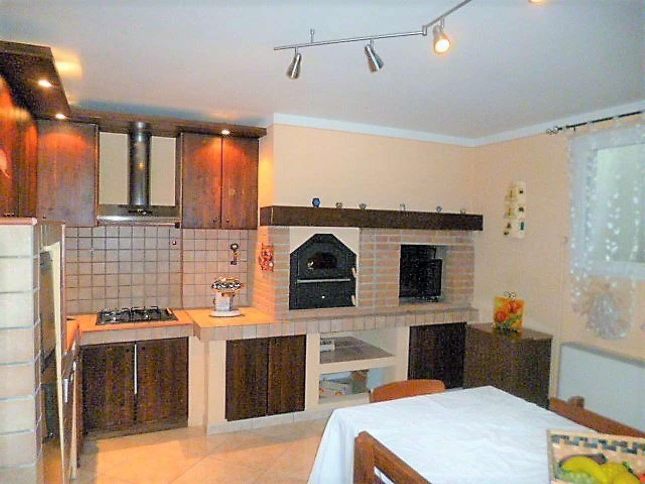 Villa a Schiera in vendita a Montirone, 4 locali, prezzo € 255.000 | CambioCasa.it