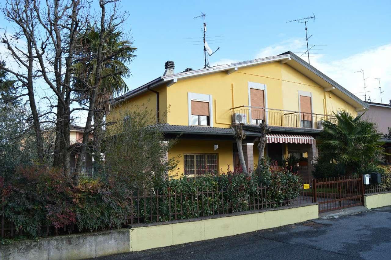 Villa Bifamiliare in vendita a Montirone, 4 locali, prezzo € 229.000 | CambioCasa.it