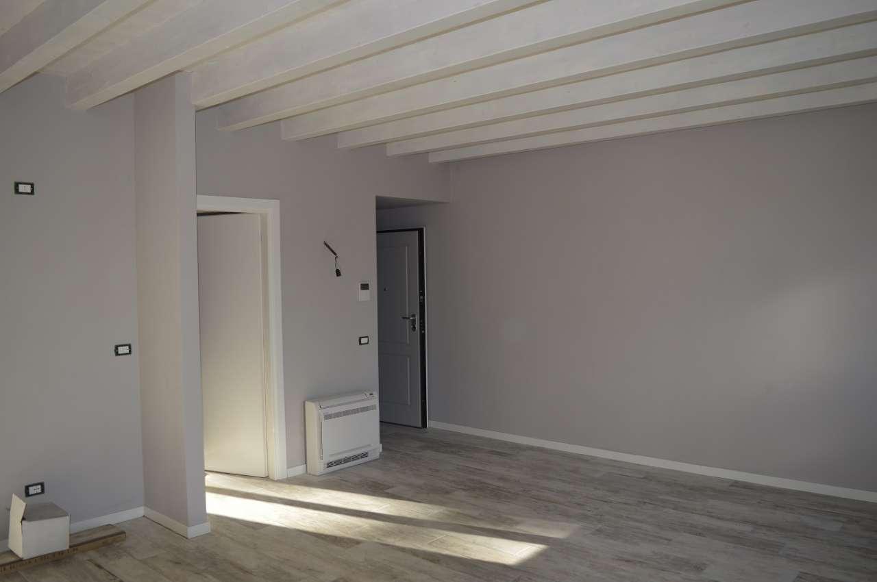 Appartamento in vendita Rif. 8925632