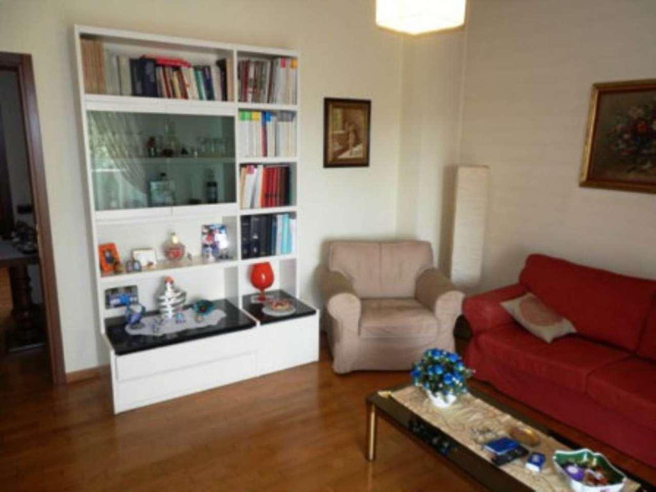 Appartamento in ottime condizioni in vendita Rif. 8887577