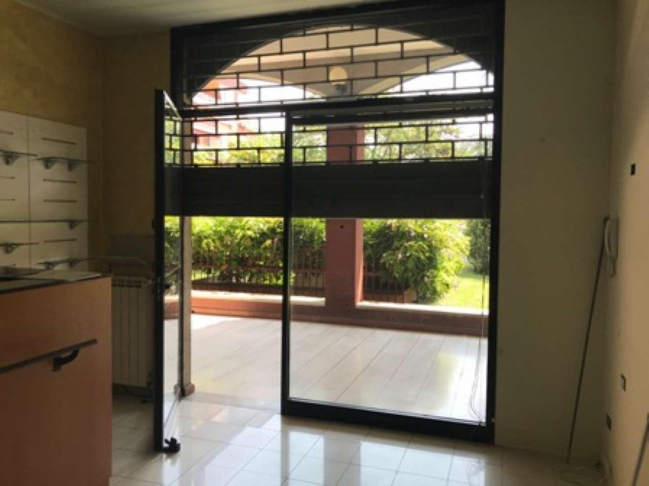 Negozio / Locale in vendita a Segrate, 9999 locali, prezzo € 69.000   PortaleAgenzieImmobiliari.it