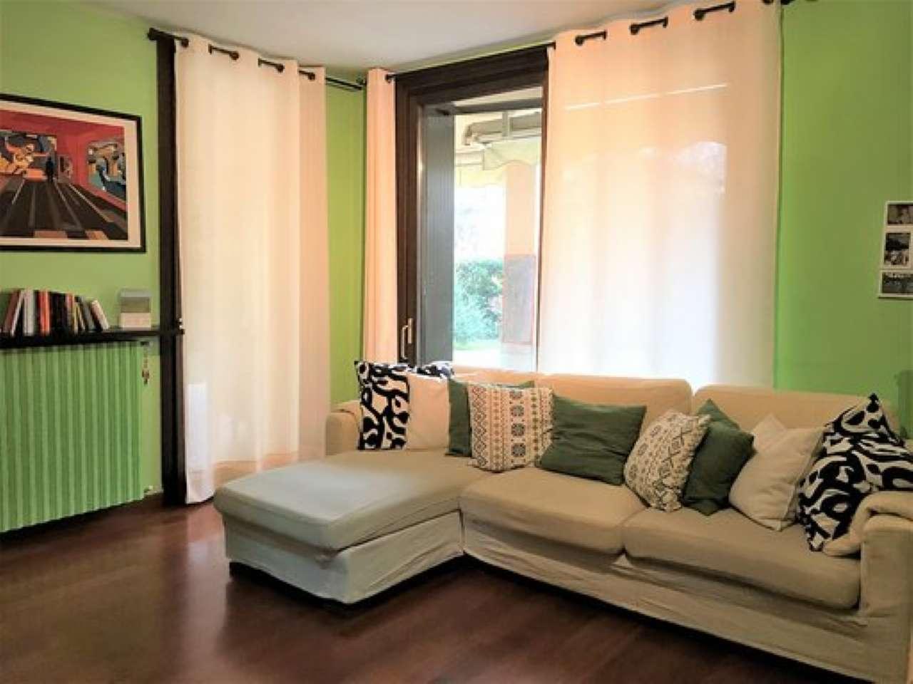 Appartamento in ottime condizioni in vendita Rif. 9245711