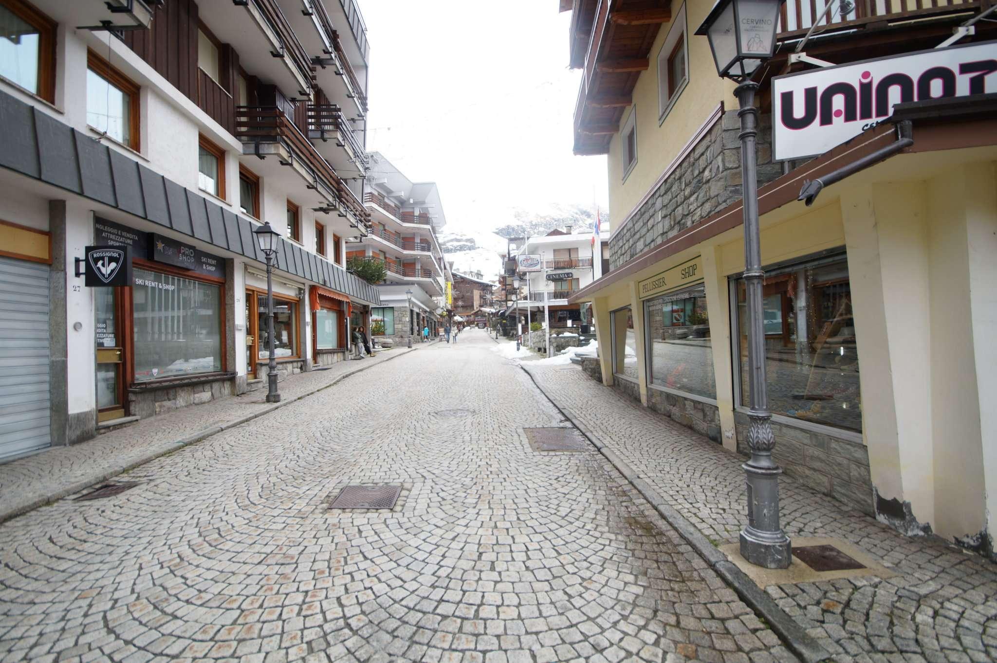 Attività / Licenza in vendita a Valtournenche, 8 locali, Trattative riservate | CambioCasa.it