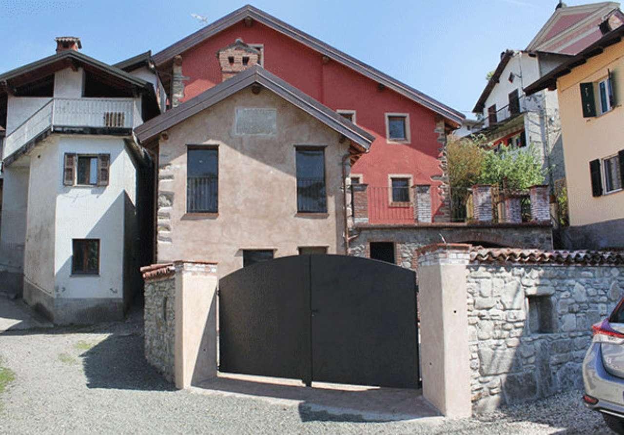 Rustico / Casale in vendita a Grondona, 7 locali, prezzo € 380.000 | PortaleAgenzieImmobiliari.it