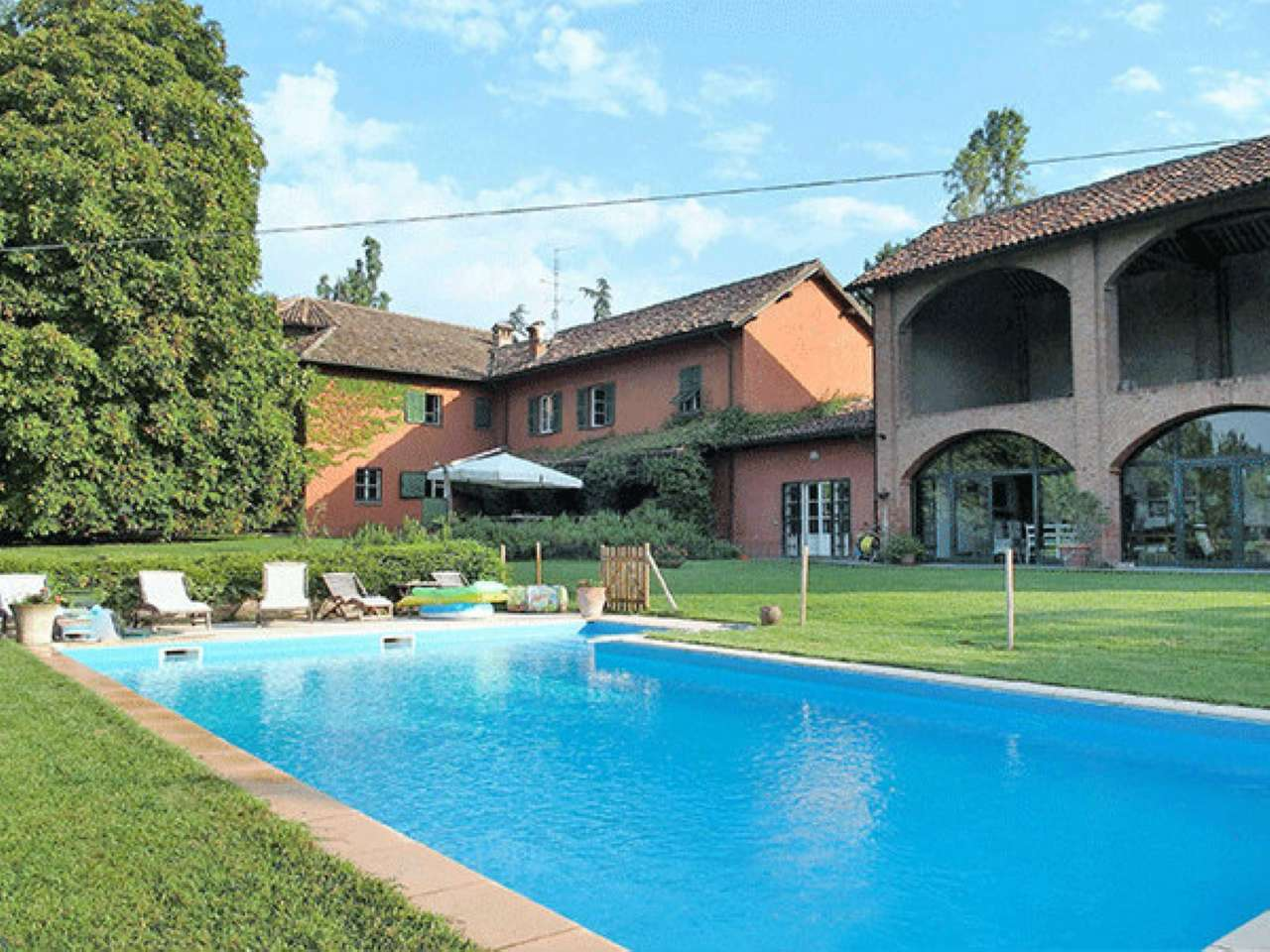 Foto 1 di Villa Novi Ligure