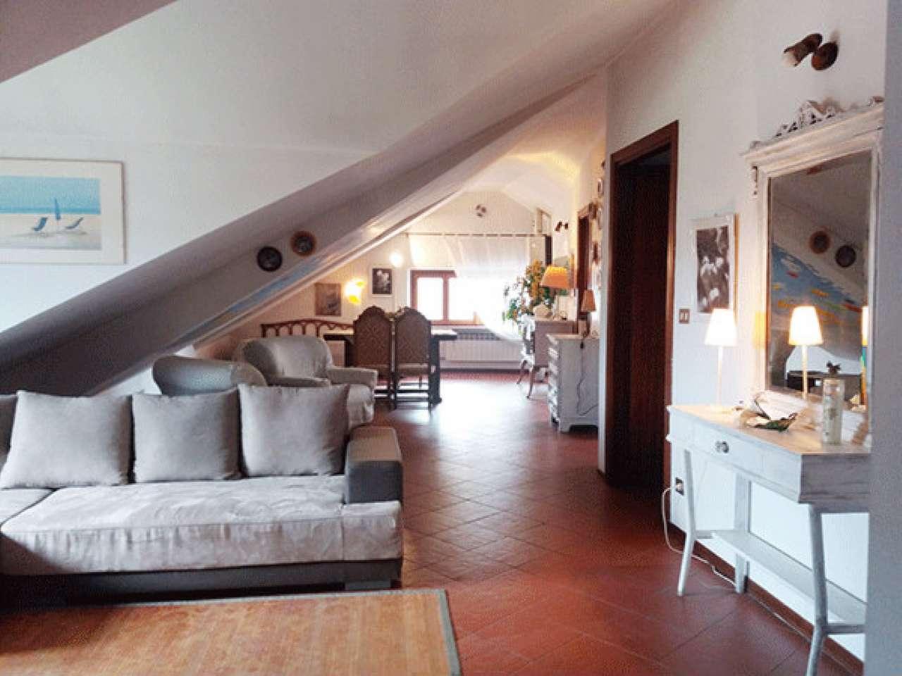 Appartamento in vendita a Ovada, 3 locali, prezzo € 75.000 | CambioCasa.it
