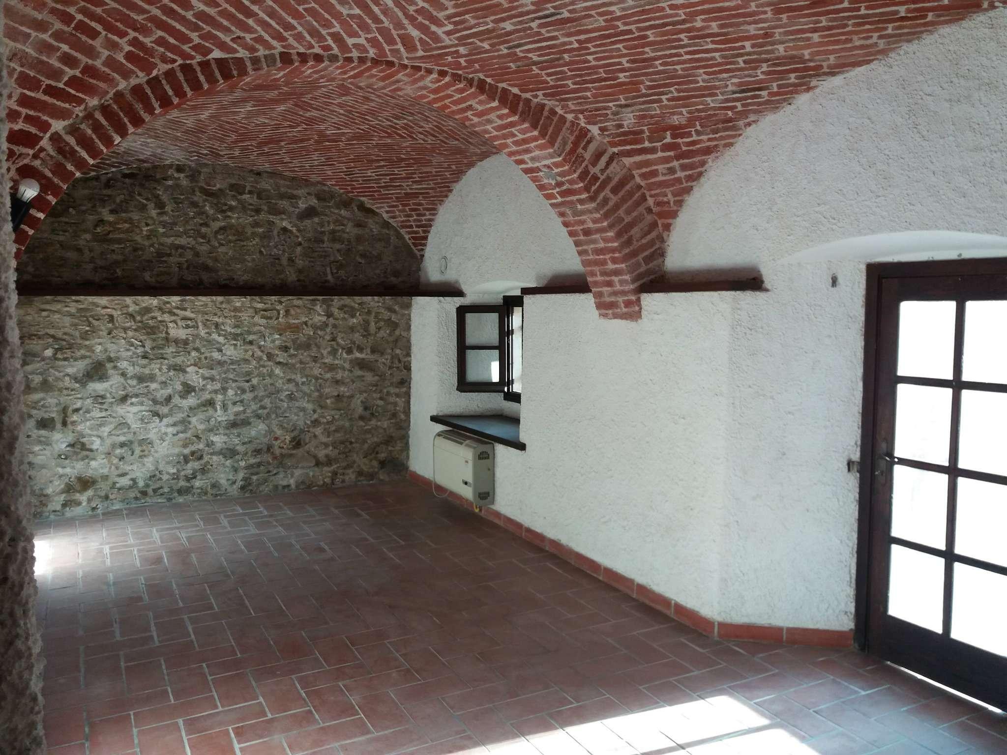 Soluzione Indipendente in vendita a Tagliolo Monferrato, 4 locali, prezzo € 95.000 | PortaleAgenzieImmobiliari.it