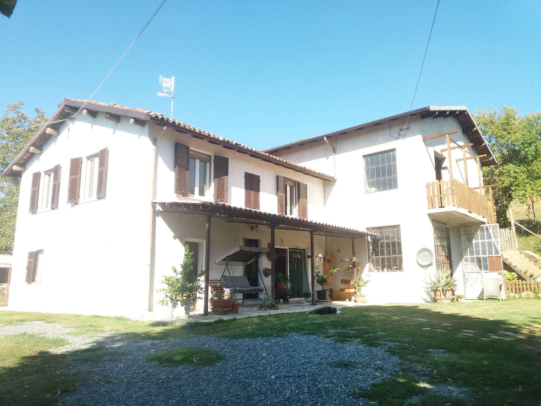 Rustico / Casale in vendita a Carpeneto, 11 locali, prezzo € 249.000 | PortaleAgenzieImmobiliari.it