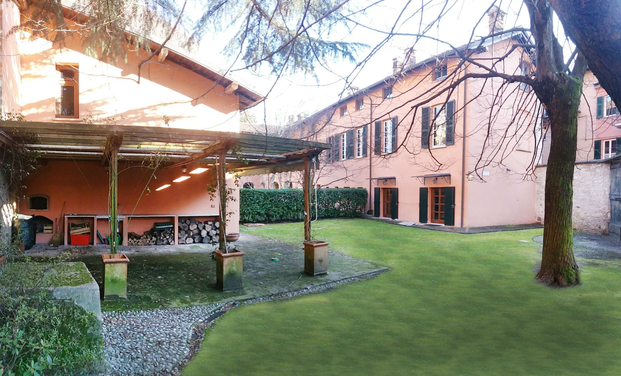 Soluzione Indipendente in affitto a Gavi, 10 locali, prezzo € 2.000 | PortaleAgenzieImmobiliari.it