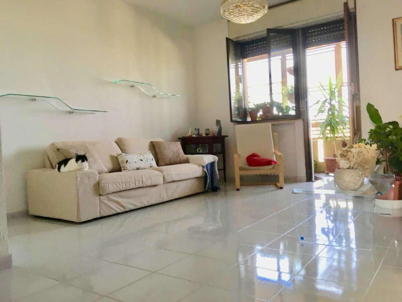 Appartamento in ottime condizioni in vendita Rif. 7337884